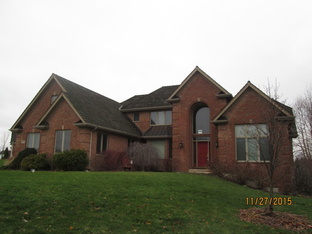 8114 Carriage Ln, Spring Grove, IL