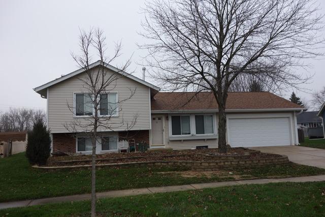 30 W280 Heather Ct, Warrenville, IL
