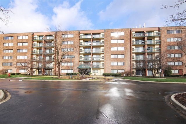 1840 Huntington Blvd #APT bw608, Hoffman Estates, IL