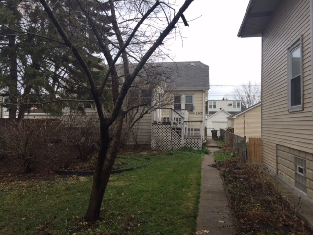 2307 N 74th Ave, Elmwood Park, IL