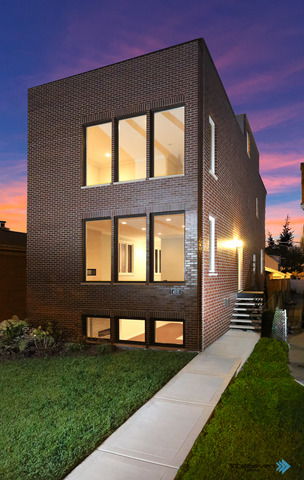 4531 N Merrimac Ave, Chicago, IL