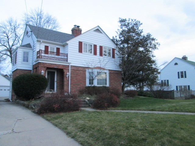 807 Parkview Ave, Rockford, IL
