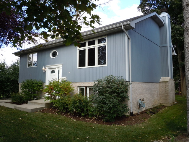 4427 Belmont Rd, Downers Grove, IL