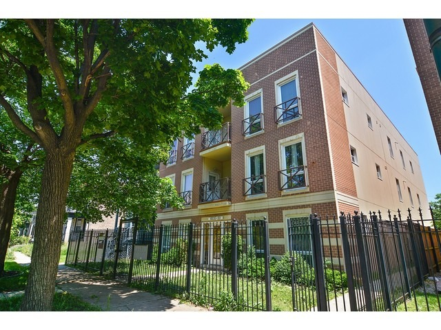6531 S Woodlawn Ave #APT 2n, Chicago, IL