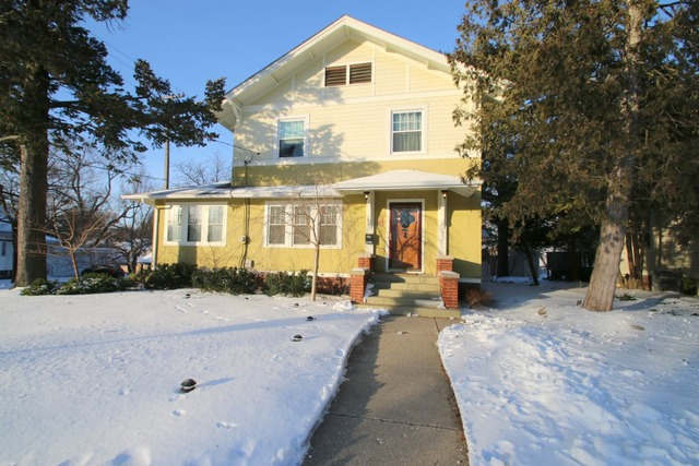 304 N Chicago Ave, Rockford, IL