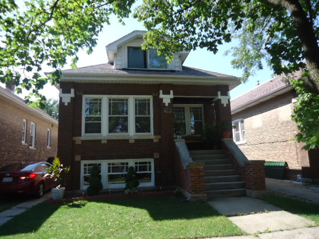 2410 Gunderson Ave, Berwyn, IL