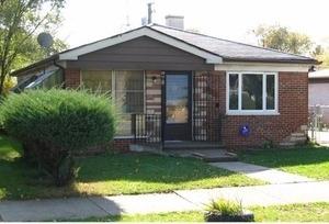641 E 155th St, Harvey, IL