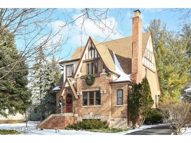 4425 Wilson Ave, Downers Grove, IL