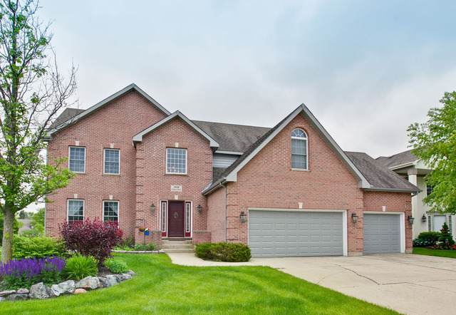 2939 N Southern Hills Dr, Wadsworth, IL