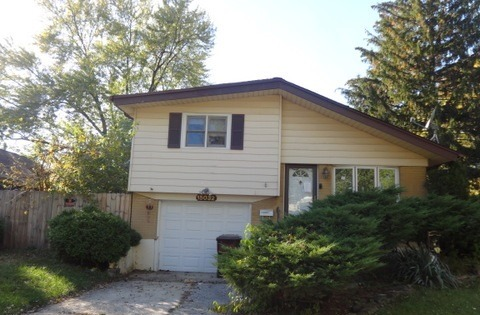 15032 Mission Ave, Oak Forest, IL