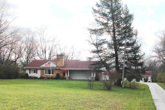 13801 Kishwaukee Valley Rd, Woodstock, IL
