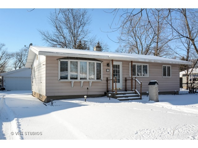 63 Indianwood Dr, Thornton, IL