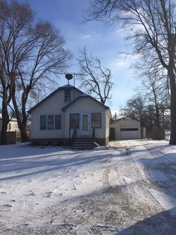 385 W Oak St, Coal City, IL