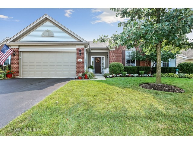 591 Tuscan View Dr, Elgin, IL