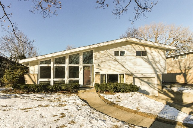 642 Clearview Dr, Glenview, IL