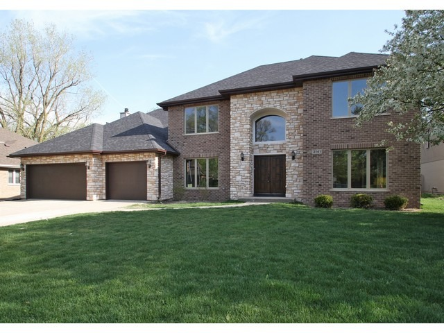 3141 Huntington Ln, Northbrook, IL