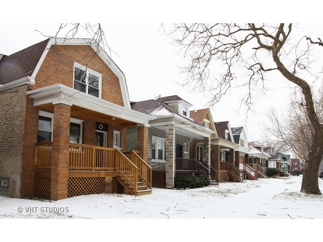 7640 S Eberhart Ave, Chicago, IL