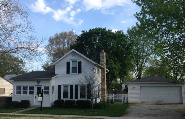 413 W Pierce St, Elburn, IL