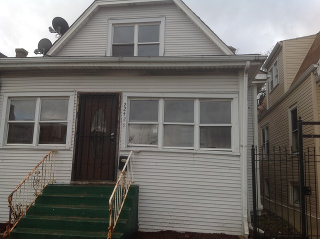 2242 N Central Ave, Chicago, IL