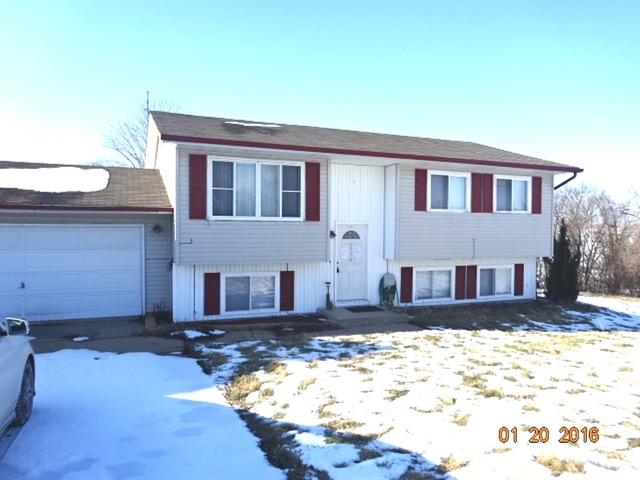 2756 N Indian Heights Dr, Oregon, IL