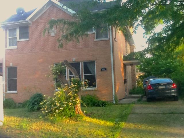 3831 W Howard St, Skokie, IL
