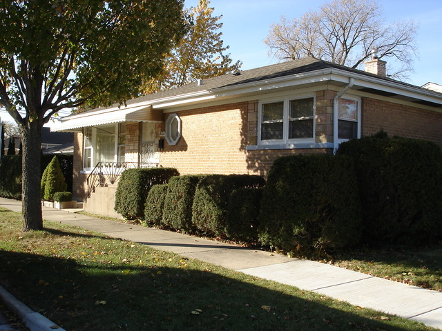 4006 Brummel St, Skokie, IL
