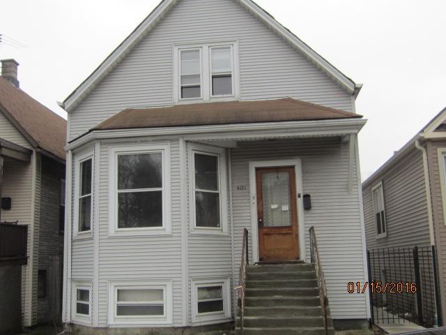 4151 W Roscoe St, Chicago, IL