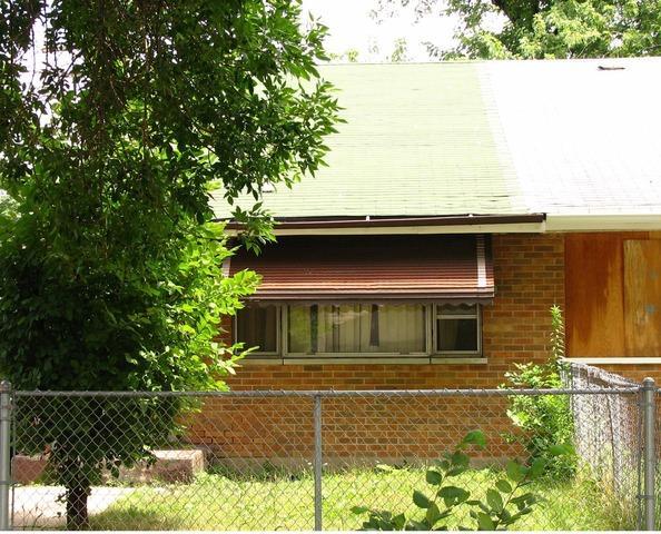 13313 S Eberhart Ave, Riverdale IL 60827