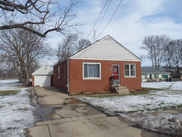700 Stewart Ave, Elgin, IL