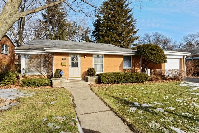 1206 W Sigwalt St, Arlington Heights, IL