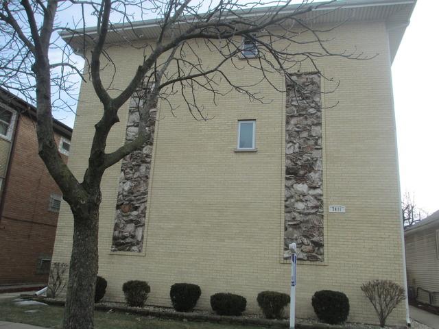 7411 W Fullerton Ave #APT 2n, Elmwood Park, IL