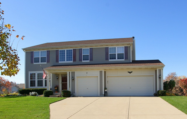 3 Sheffield Ct, Cary, IL