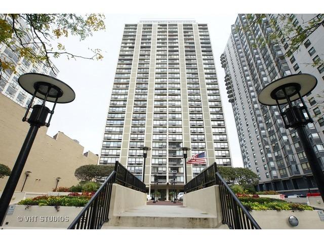 5733 N Sheridan Rd #APT 30b, Chicago, IL