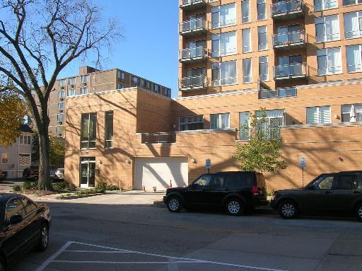1720 Oak Ave #APT 707, Evanston IL 60201