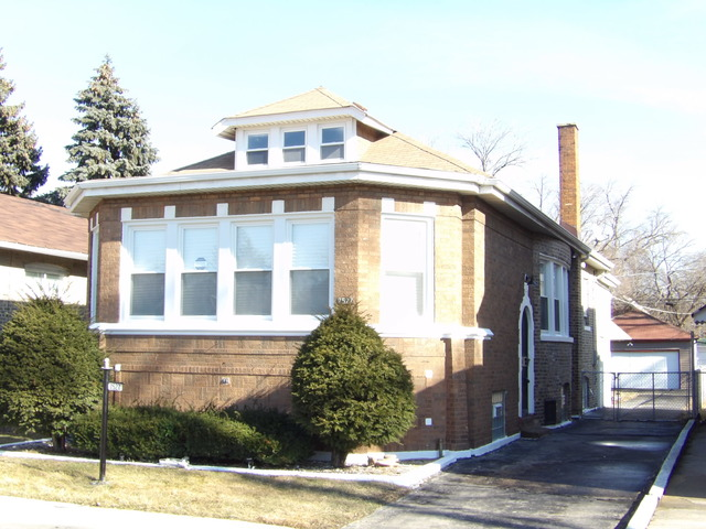 7527 S Indiana Ave, Chicago, IL