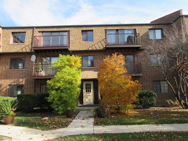 408 E Kensington Rd #APT e, Mount Prospect, IL