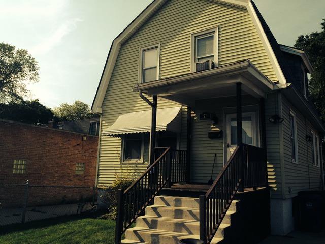 1719 Simpson St, Evanston IL 60201