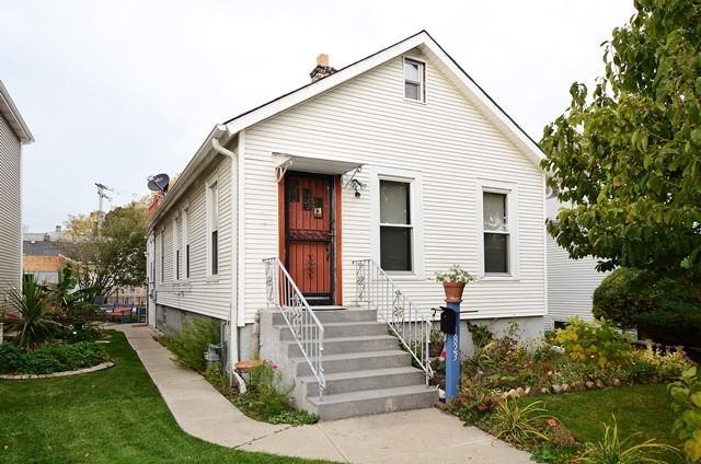 1823 Greenwood St, Evanston IL 60201