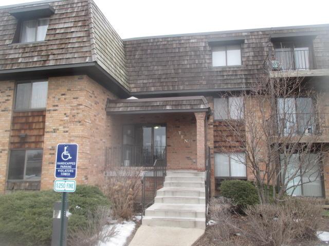 10 Oak Creek Dr #APT 1018, Buffalo Grove, IL