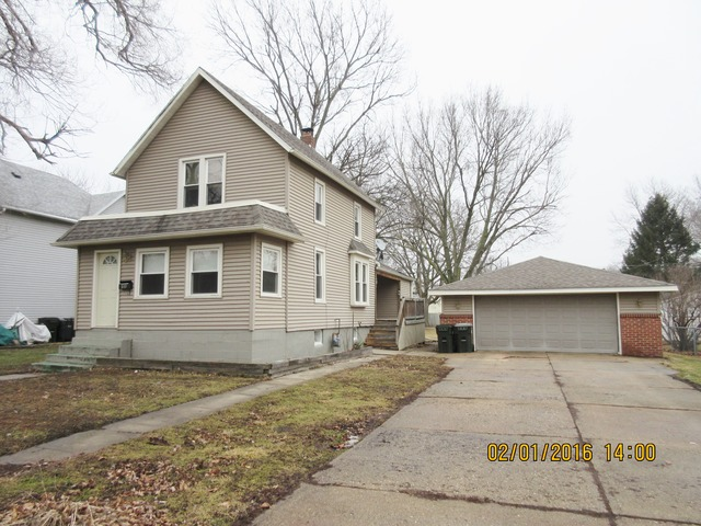 810 1st Ave, Sterling, IL