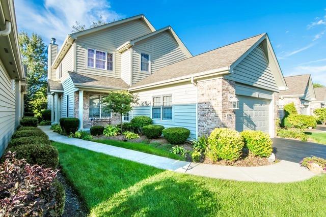 828 Villa Dr, Crystal Lake, IL