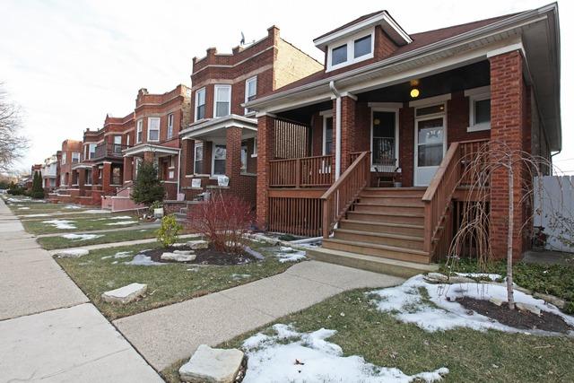 4253 W Melrose St, Chicago, IL