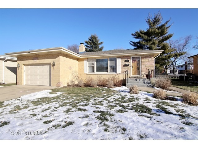107 N Rammer Ave, Arlington Heights, IL