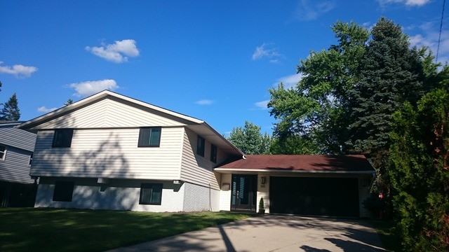 595 Elmwood Dr, Buffalo Grove, IL