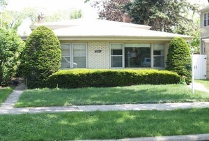 8341 Kilbourn Ave, Skokie, IL