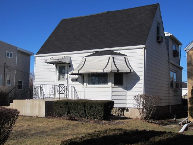 7346 W Cullom Ave, Harwood Heights, IL