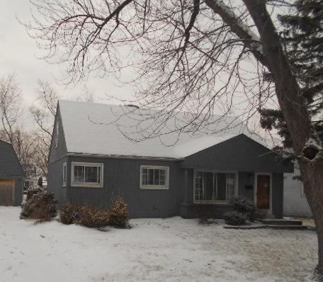 105 Winters Dr, Melrose Park IL 60164