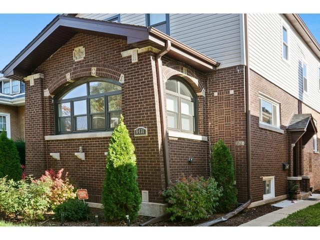 6431 N Mozart St, Chicago, IL