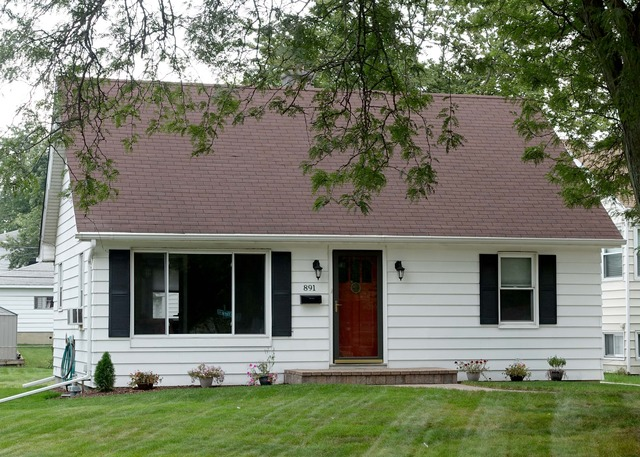 891 S York St, Elmhurst, IL