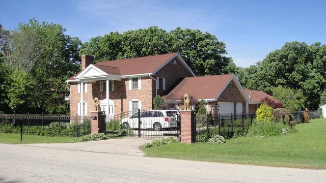 10154 Meadow Ln, Des Plaines, IL